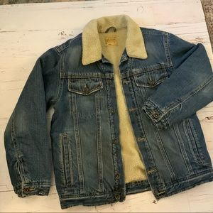 Old Navy Sherpa lined denim jacket L